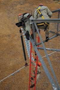 fiberglass ladder strain sticks