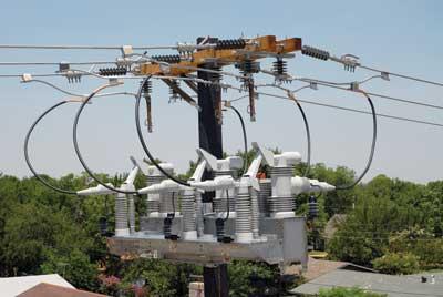 Typical 15-kV S&C IntelliRupter PulseCloser installation