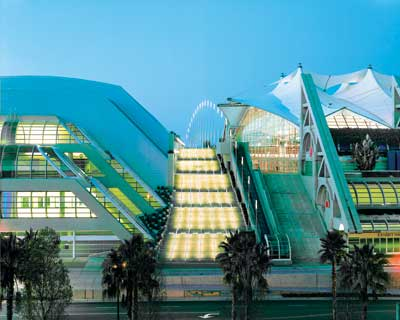 More than 10,000 electric utility industry insiders from 64 countries are expected to fill the San Diego Convention Center for DistribuTECH Conference & Exhibition, Feb. 3-5.