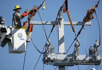 VIDEO: FPL employees practice power outage response during storm drills