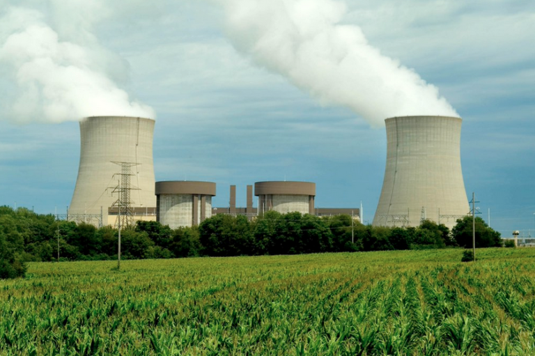 Ten nuclear plants generating no power during refueling periods