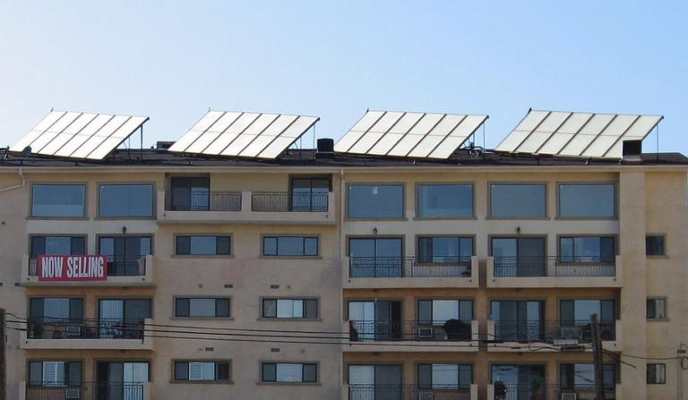 Congress seeking broader look at solar power firms, tax credits