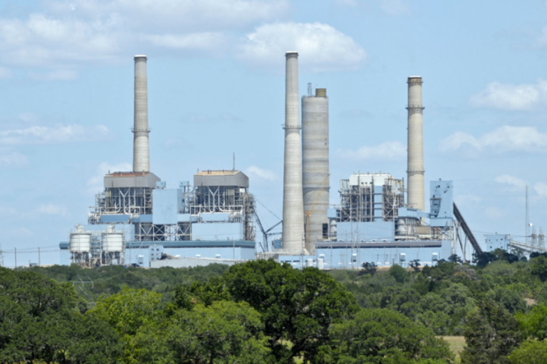 NRG looks at options, including bankruptcy and asset sales, for GenOn