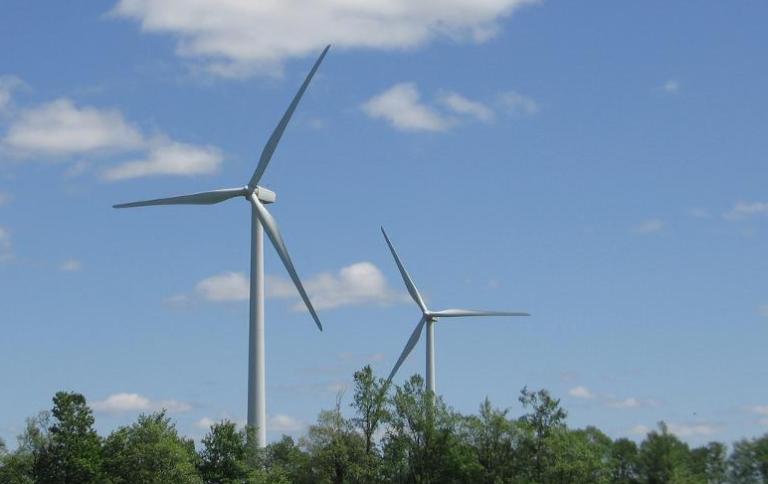 FERC OKs investors in 299 MW of wind power projects in North Dakota