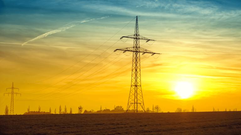 Louisiana regulators file report on SWEPCO transmission project